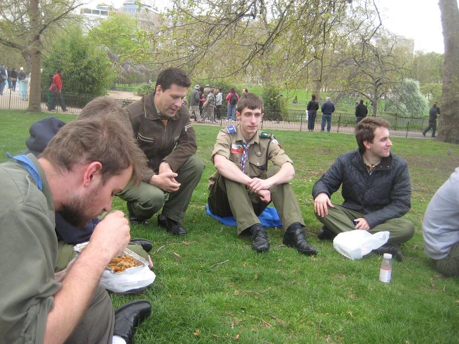 Wiekie dyskusje, chińskie jedzenie i śpiewy przed pałacem... czyli II Forum Drużynowych Wielkiej Brytanii (6/6)