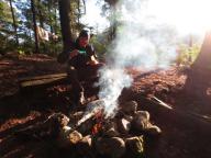 2014.09 Obóz Klasztor16 - kawka rano przy ognisku