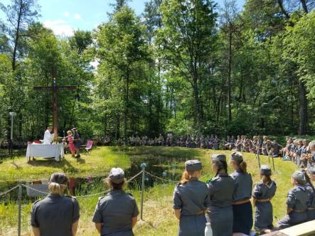 Niedzielna Msza nad Gopłem... obóz KORZENIE 2018